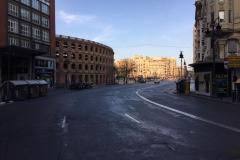 Lege straten in Valencia door het Coronavirus