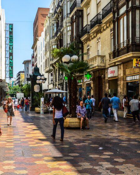 Shopping in Valencia: Calle Don Juan De Austria Valencia